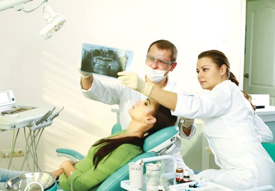 best cosmetic dentist in Los Angeles